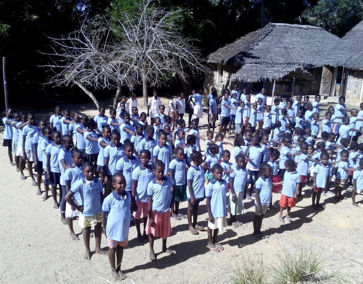 148 élèves